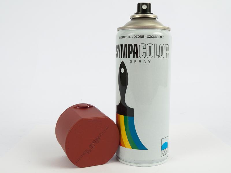 bombe de peinture brun rouge anti rouille militaria peinture esistoire vente d 39 objets. Black Bedroom Furniture Sets. Home Design Ideas